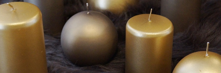 Velvet collection of candles